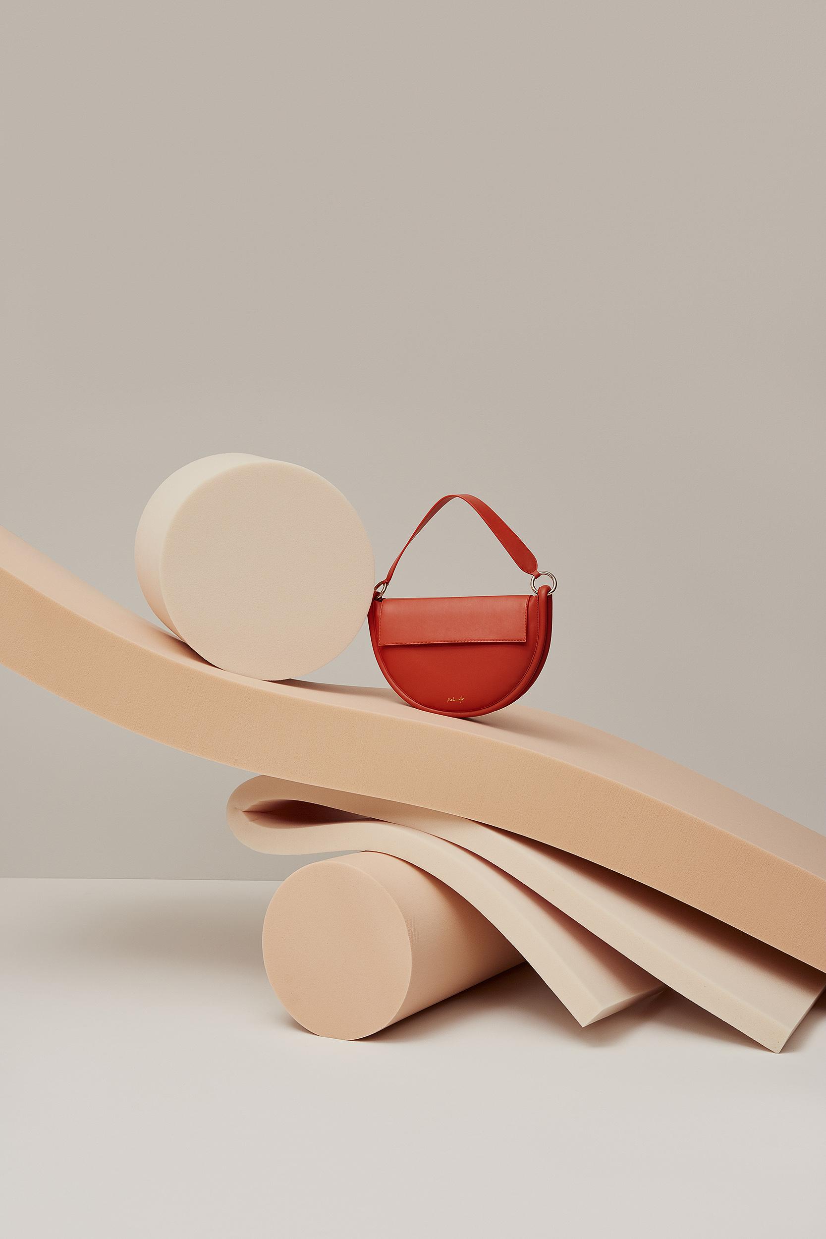 Tilda – Red